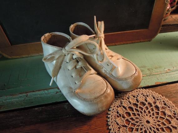 White Hard Soles Walking Shoes
