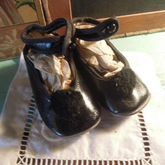 Antique Leather Mary Jane Slippers / Black Leather