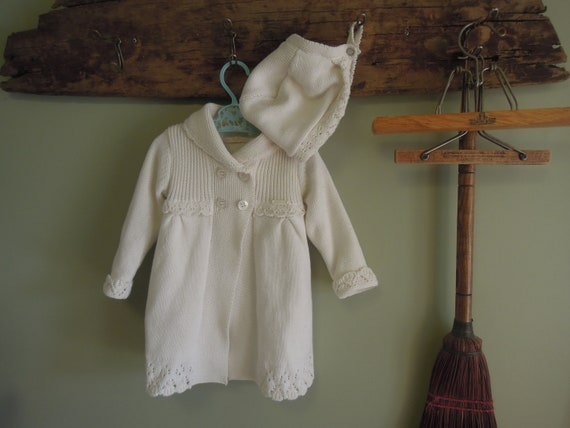 Vintage Cream Knit Jacket With Bonnet / Mary Oral