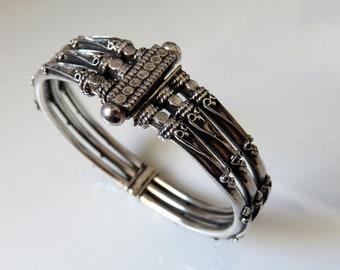 Vintage Indian Rajasthan Silver Bangle Bracelet 40 grams