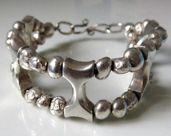 """Vintage Heavy Sterling Silver Textured Taxco Style Bead Bracelet 69.5 grams 7.5"""" length"""