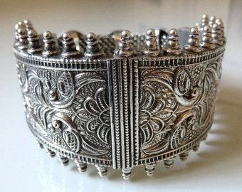 Vintage Rajasthan Indian Solid Sterling Silver Bracelet 95 grams Stunning piece!