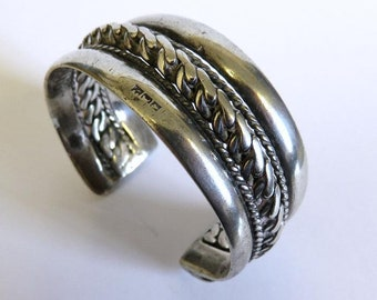 Vintage Egyptian Bedouin Tribal 800 Silver Bangle Cuff Heavy 70.5 grams