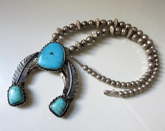 """Vintage Old Pawn Navajo Sterling Silver Turquoise Naja Pendant Necklace 18"""" Length 76.5 grams"""