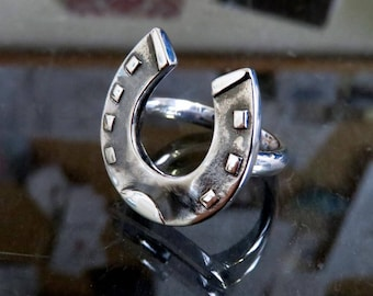 Heavy Solid Sterling Silver Horseshoe Ring Victorian Style Design