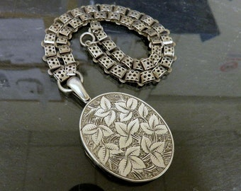 Vintage Victorian Sterling Silver Book Chain Necklace Floral Engraved Detail Heavy Large Sterling Silver Locket