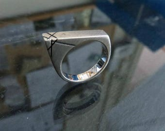 Solid Sterling Silver Ring Set With Brilliant Cut Diamond