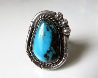Vintage Navajo Sterling Silver Turquoise Ring Size O (7)