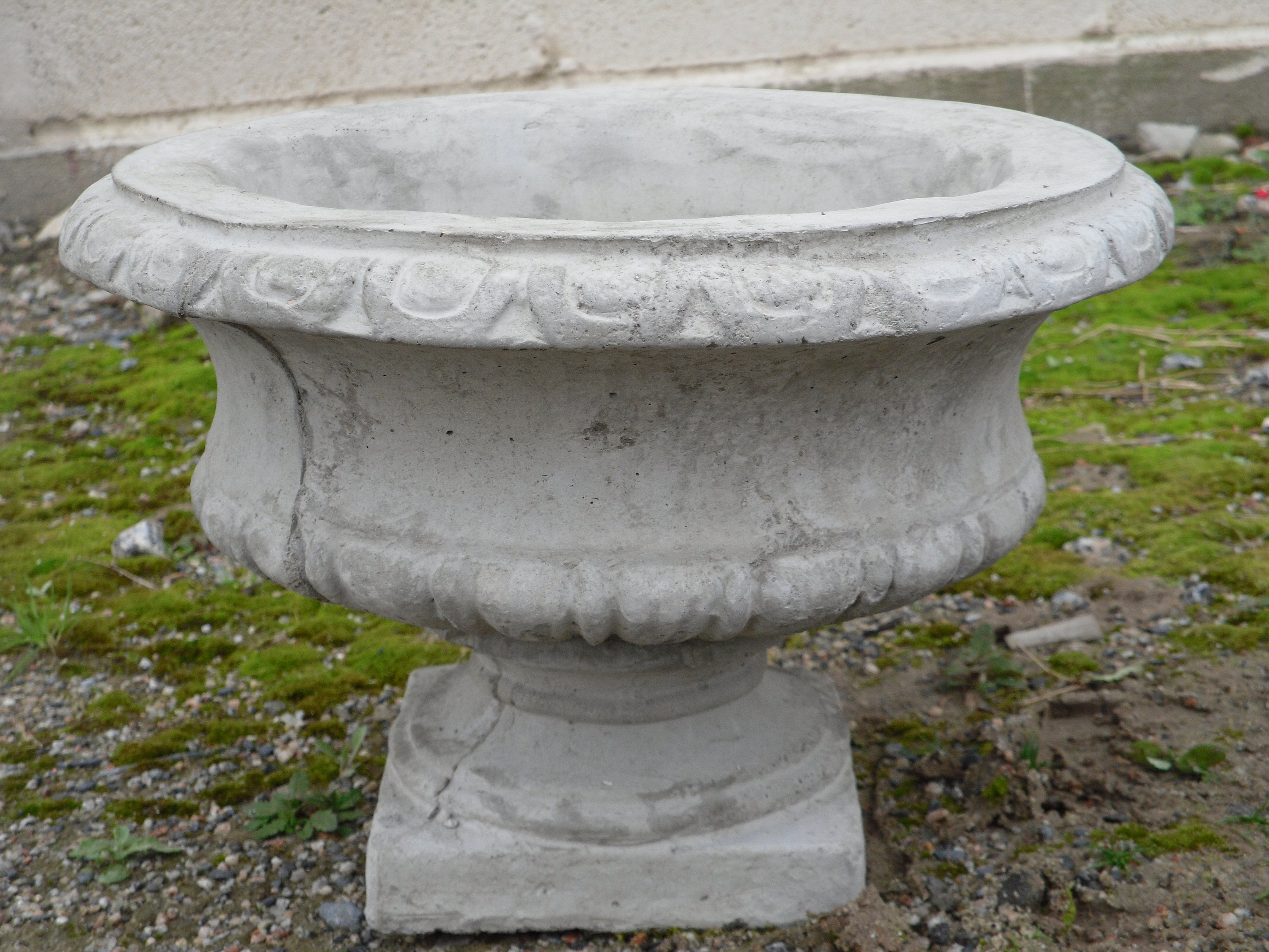 Small Roman Planter Outdoor Planters Concrete Planter
