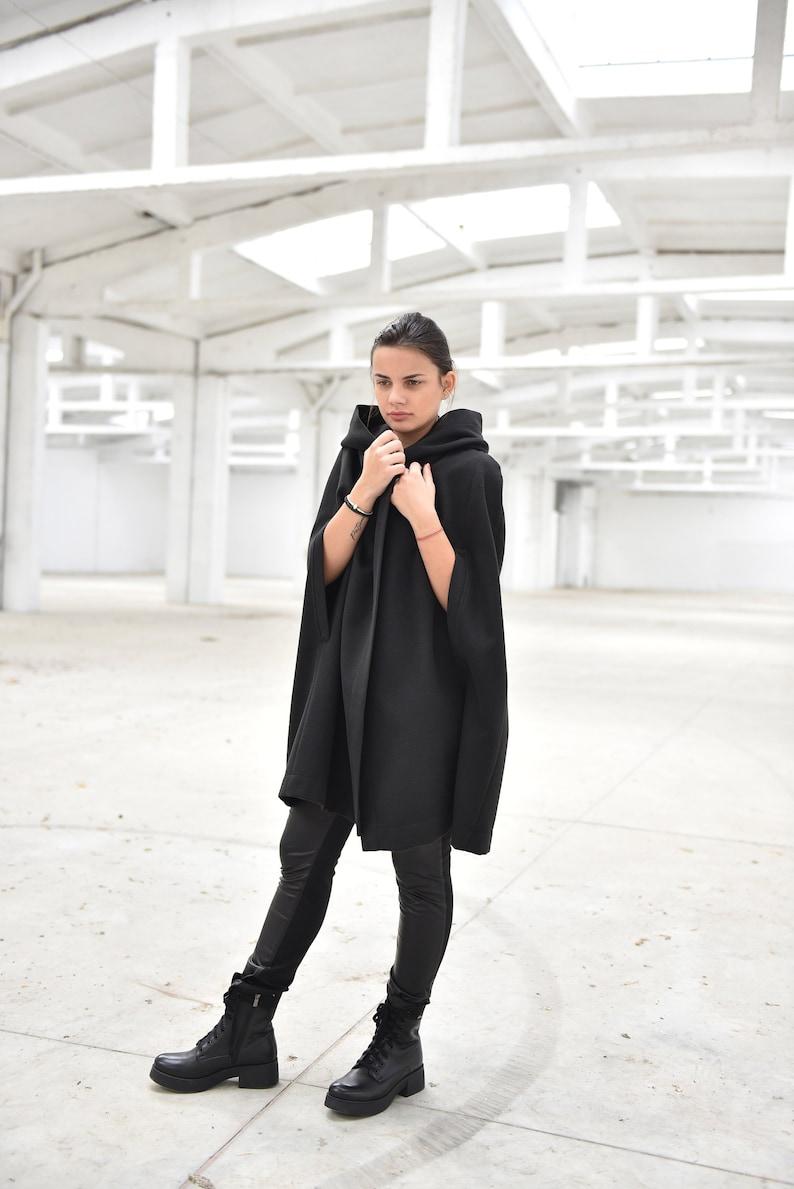 2936e064680 Women Poncho Cape Black Cloak Winter Coat Cape Hooded Coat