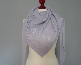 Hand knitted shawl in light lavender color, triangular  knitted shawl