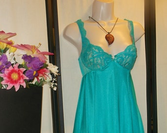e83be1f7dacd Vintage Olga babydoll bridal nightgown short turquoise teal green 1980s  Style 91340 32 Small Extra Small  underwire cups stretch bodice lace
