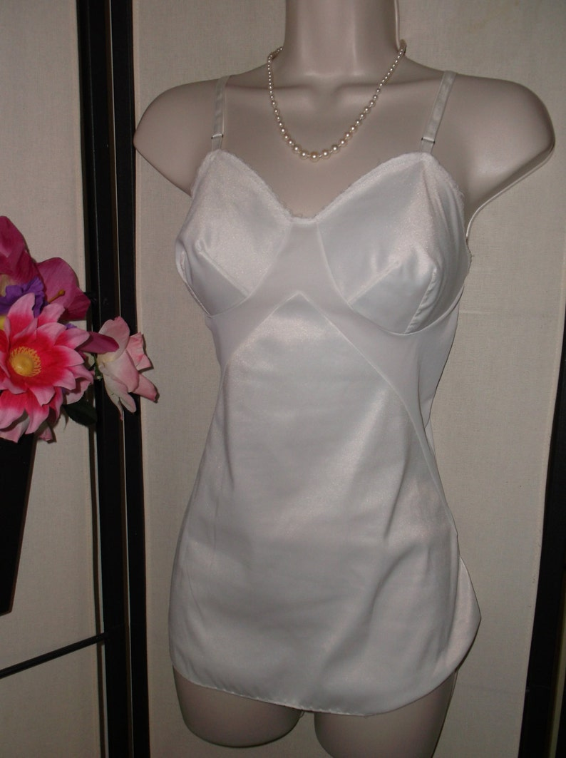 Vintage 1950s1960s white bridal camisole Vanity Fair size 32 Small; extra long; simple design; adjustable straps; shaped bust; pinup gift