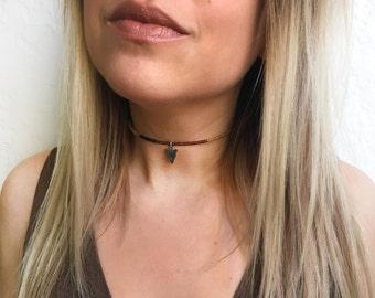 Beaded choker with arrow charm - black choker necklace, arrowhead choker, arrow charm choker, beaded choker