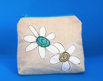 Daisy daisy applique purse