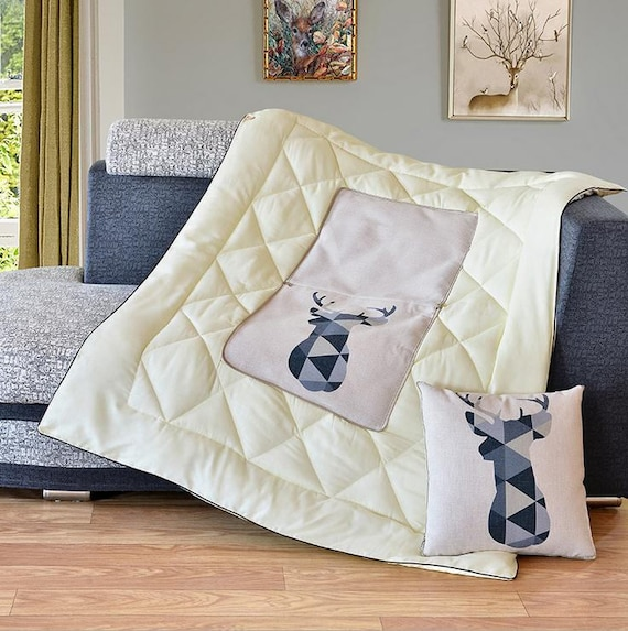 Admirable Travel Blanket Couch Blanket Quilt 2 In 1 Fold It To Couch Pillow Pdpeps Interior Chair Design Pdpepsorg
