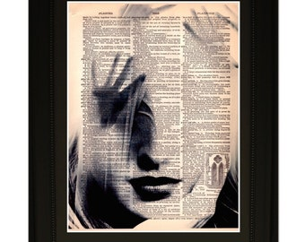 """Temptress''.Dictionary Art Print. Vintage Upcycled Antique Book Page. Fits 8""""x10"""" frame"""