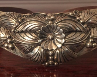 Vintage Sterling Silver Flower Choker