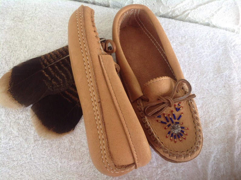 Mocassins style slippers image 1