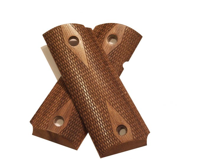 Compact Flat Top Checkered Walnut 1911 Grips
