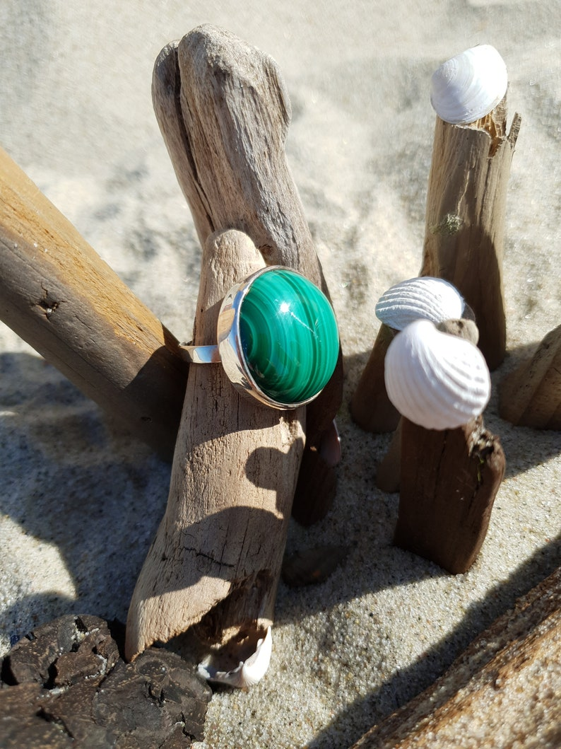Beautiful ring with malachite elegant and exclusive jewelry image 0