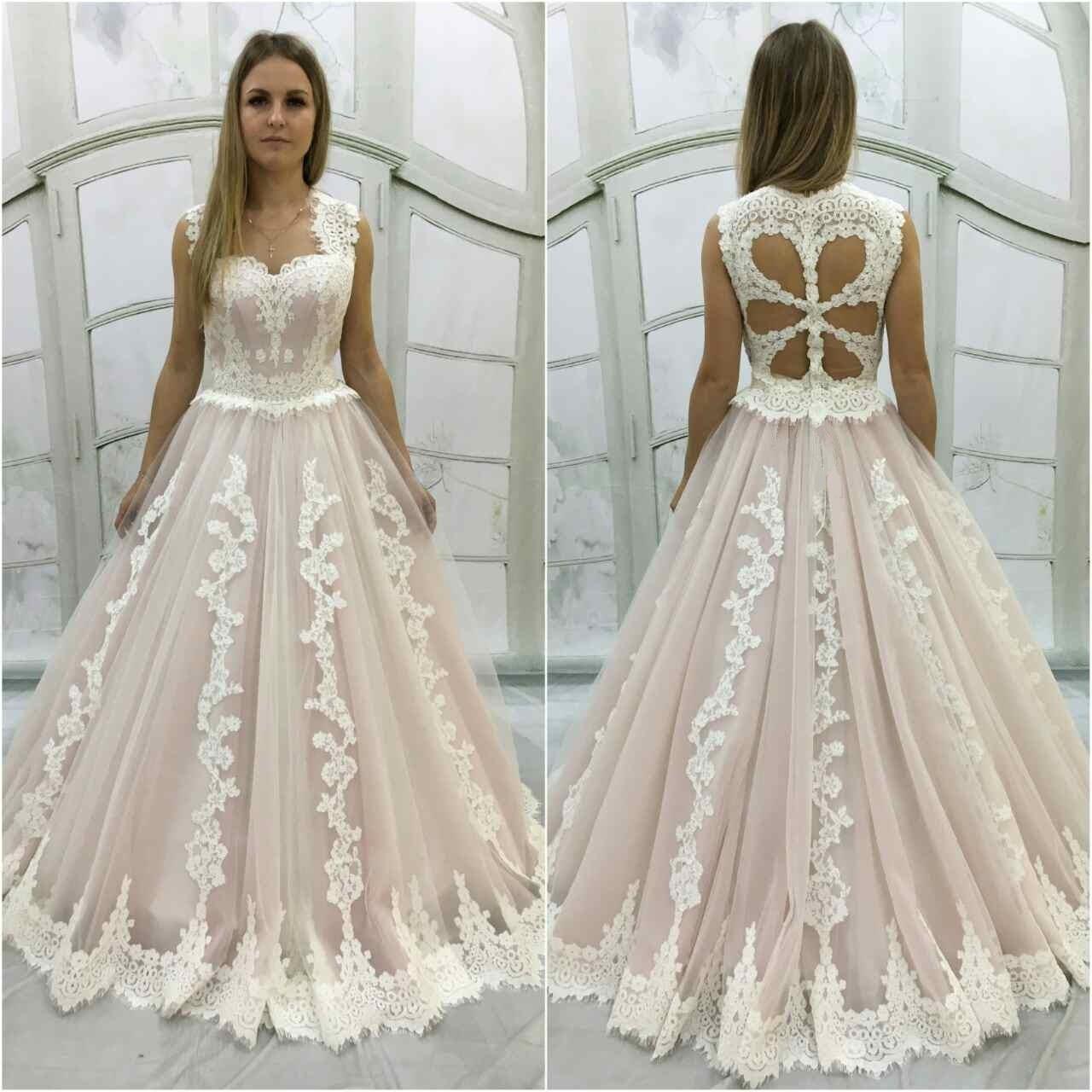 Erfreut Erröten Farbige Hochzeitskleider Bilder - Brautkleider Ideen ...