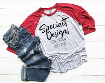 Download Free Next Level 6051 Vintage Red Heather White Unisex Raglan Tee with Blanket Mockup | Mock Up | Flat Lay | Outfit | Blank Shirt Designs PSD Template