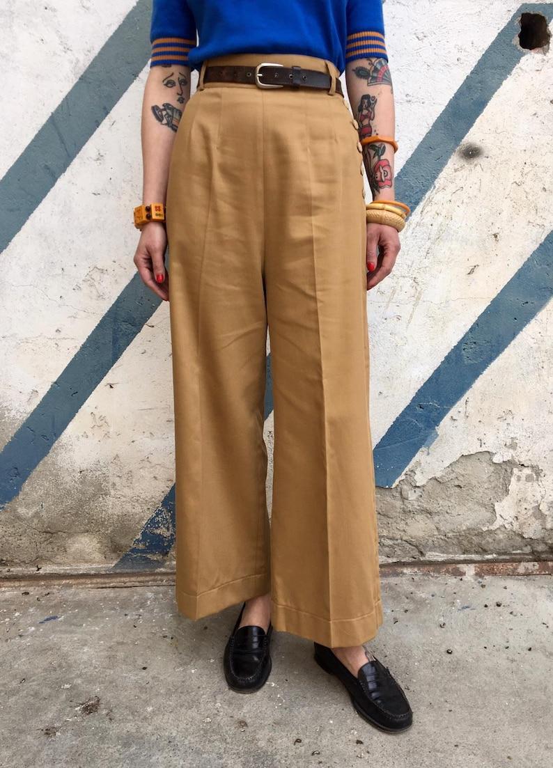 1930s Wide Leg Pants and Beach Pajamas Vintage 1930s 1940s Style Brown Yellow Gabardine Pants - size XSSMLXL $112.10 AT vintagedancer.com