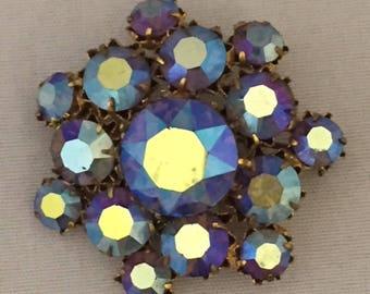 Vintage Retro 1950s 1960s 50s 60s small blue gem iridescent diamante brooch pin
