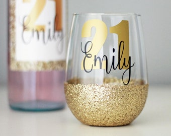 PERSONALISED Glitter Wine Glass Birthday Gift For Her 18th 21st 30th Stemless Keepsake