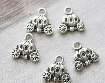 Carriage Charm, Little Girl Charm, Fairy Tale Charm, Antique Silver Charm, Made in America, 047TCB
