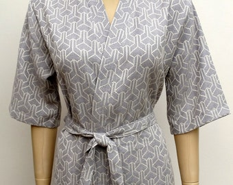 Women s gray colour exclusive jacquard soft cotton lightweight short kimono  bathrobe 1eb1c3ff6
