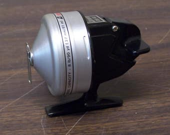 OMNI 0S40 Spin Cast Fishing Reel with Original Box