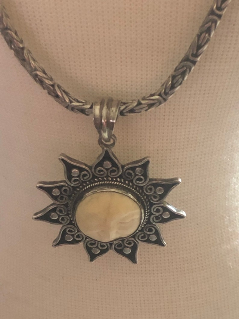 Vintage Sterling Silver Byzantine chain Vintage Bali Winking Sun Face Bone Sterling Silver Byzantine chain pendant necklace