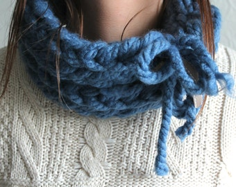 Sky Blue Double Ring - Handwoven, Wool Scarf
