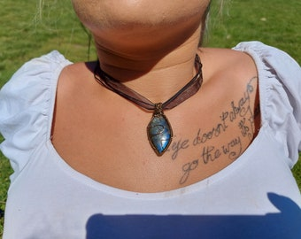 Purple Labradorite Pendant, Labradorite Pendant Necklace, Artisan Pendant, Wire Wrapped Pendant, Labradorite Cabochon Jewellery Gift,