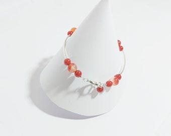 Carnelian Crystal Bracelet, Dainty Bracelet, Carnelian Bead Bracelet, Chakra Gemstone Bracelet, Orange Bracelet, Stacking Bracelet for women