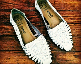 3177d07fb451 Size 8 • White Huaraches • Woven Leather Sandals