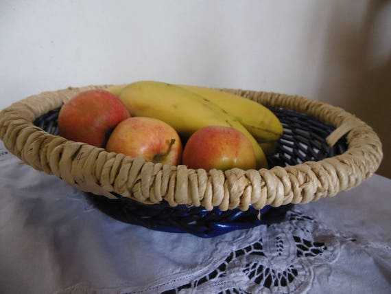 Panier a fruit decoratif contenant osier bleu roi et - Panier decoratif osier ...