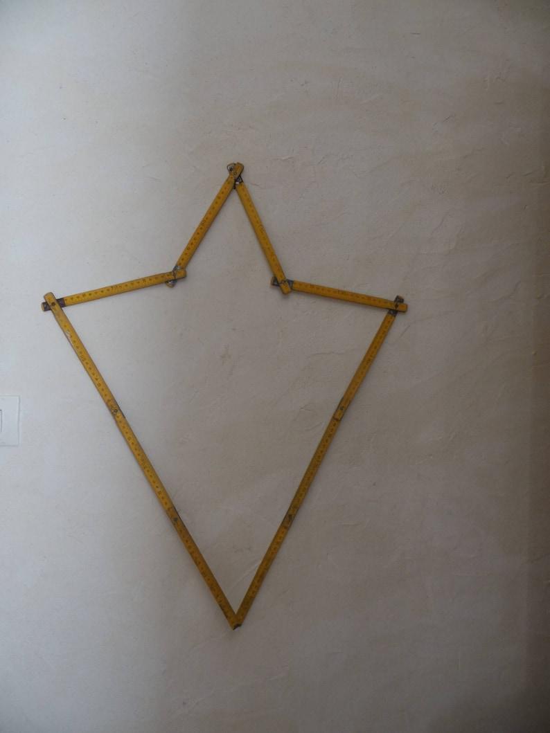 industrial star or heart meter has standing or hanging deco vintage Old wood loft Wow or not measuring tool