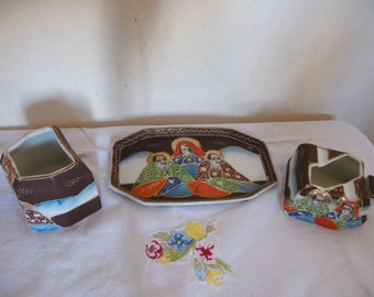 Set for smoking, smoking set, porcelain of Satsuma, Japan, collector, chic, Japanese art object, pot, ashtray and tray