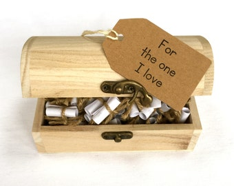 Love Message and Quote Chest,  Anniversary Gift,Gift for Boyfriend or Girlfriend,Personalised