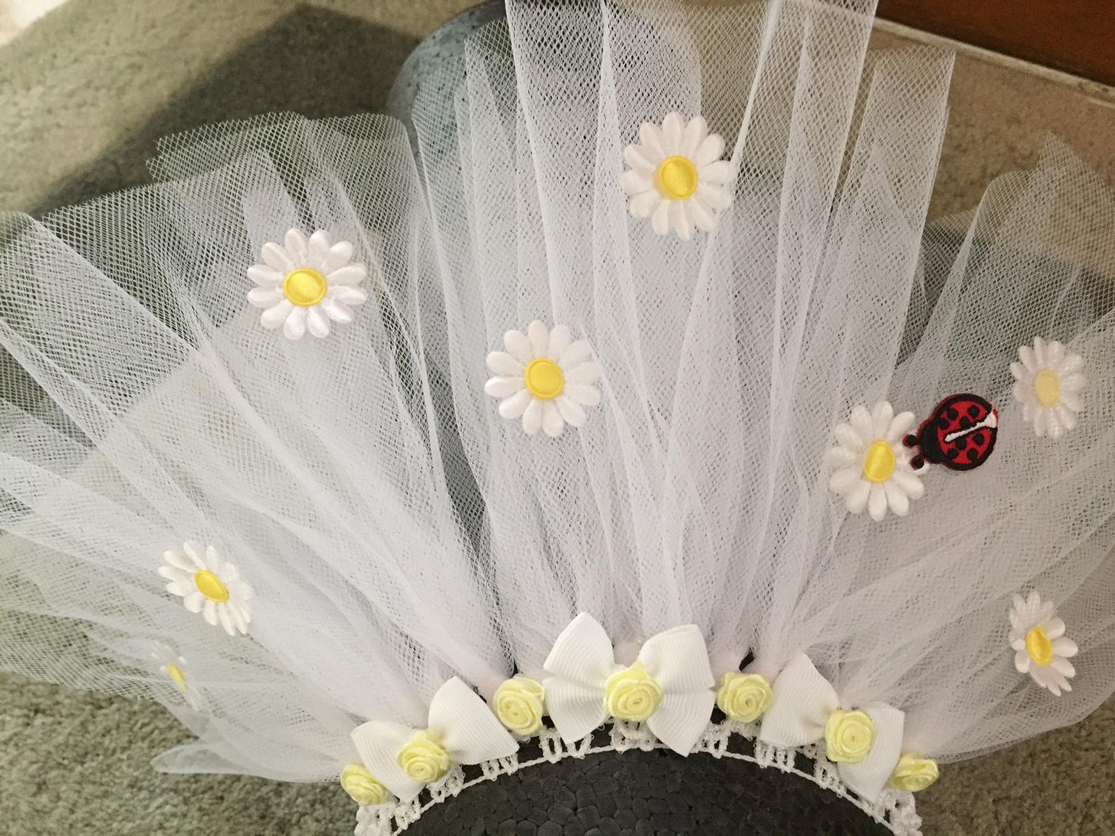 puppyfun - handmade ballet tutu for dogs white with daisies and a lady bug