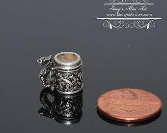 1:12 Dollhouse Miniature Dragon Stein/Miniature Cup BD H069