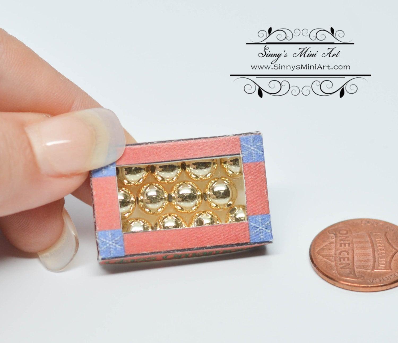 1:12 Dollhouse Miniature Xmas Ornament Box/ Miniature