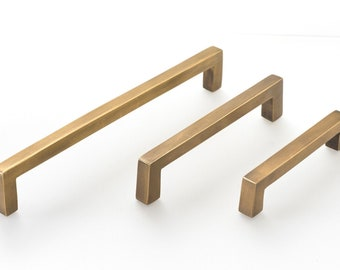 Kitchen drawer pulls | 6 sizes | Solid brass handles to give your kitchen the makeover it deserves.  Superb quality from the Foundryman.
