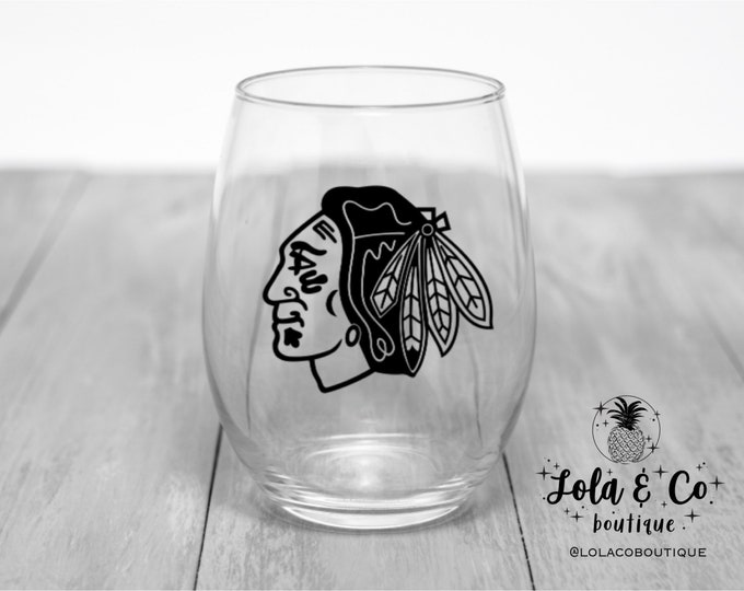 Chicago Blackhawks Wine Glass | Blackhawks | Chicago | Hawks Head | Hawks | Red | Black