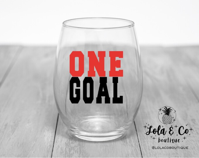 One Goal | Blackhawks | Wine Glass