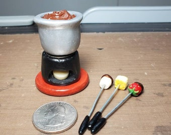 Miniature fondue pot Miniature hot pot Miniature kitchen appliances Miniatures Dollhouse miniatures Photo scene shooting supply Soldier prop