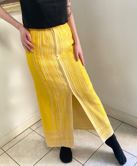 AWESOME woven 1970's maxi skirt with front Zipper